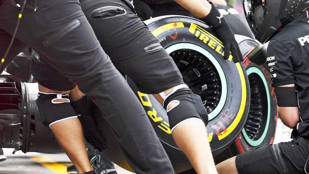Merc wheel rims proper.jpg