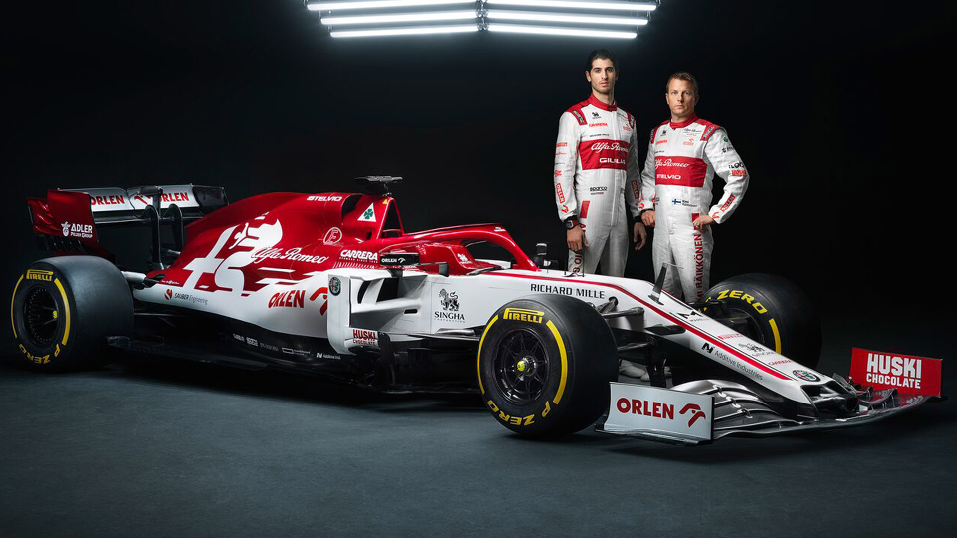 Raikkonen and Giovinazzi unveil 2020 Alfa Romeo F1 car at testing ...