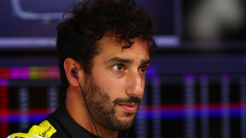 Ricciardo planning to spend more time at Renault factory pre-2020 | Formula 1®