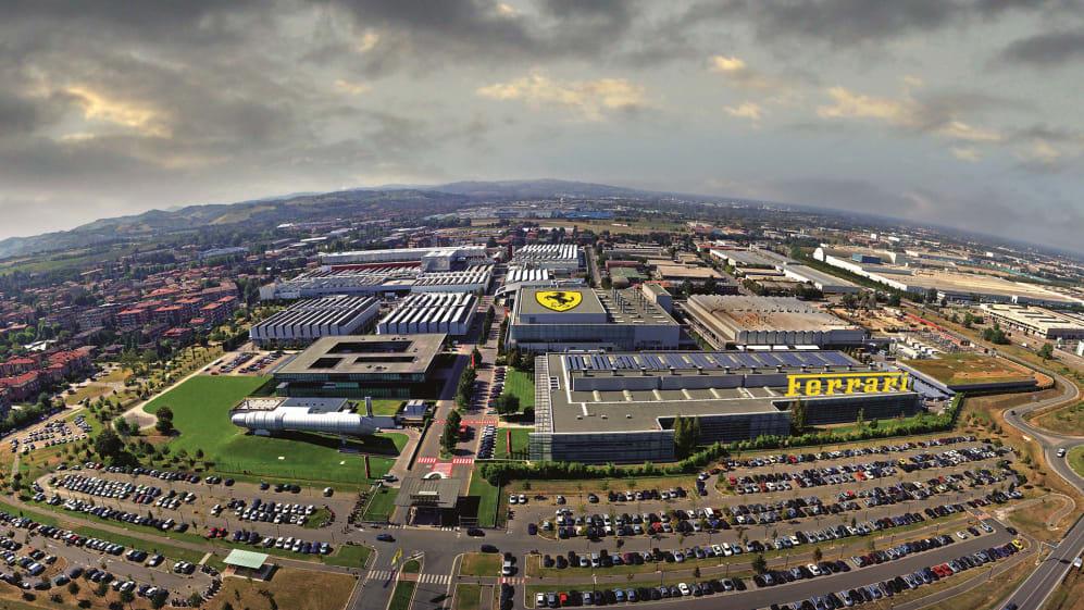 Vista aerea foto da elicottero dellarea dove sorge la fabbrica Ferrari