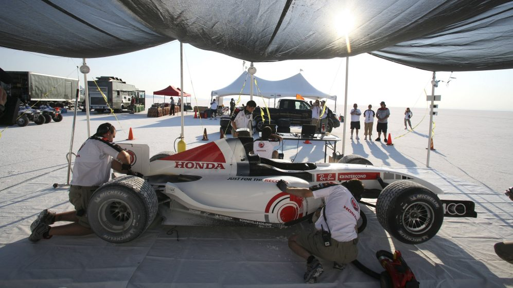 The long read: Chasing 400km/h in the world's fastest F1 car