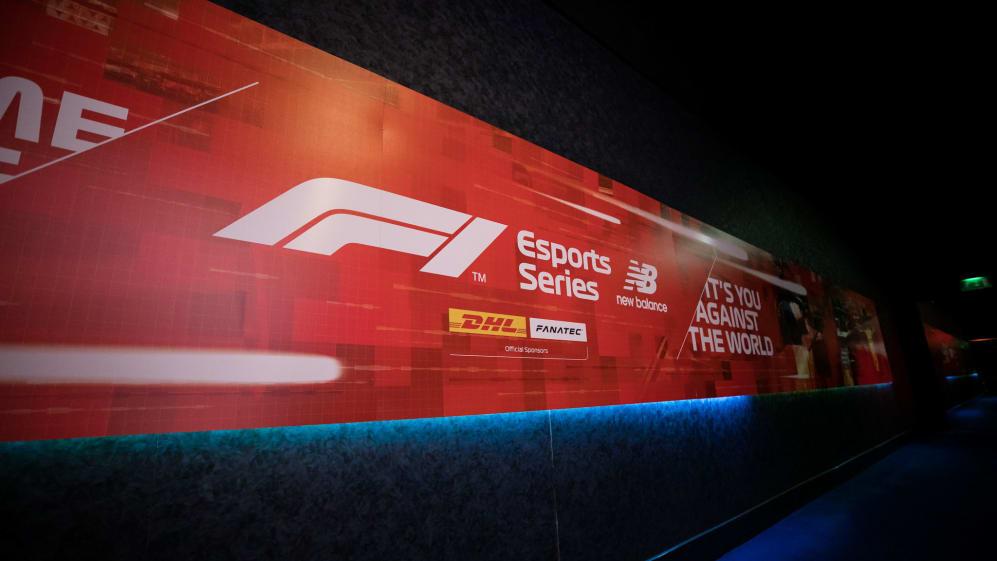 F1 Esports Pro Draft 2019 - Gfinity Arena - 0265 - Joe Brady.jpg