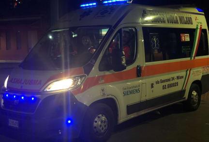 Ambulance Isola 4A.jpg