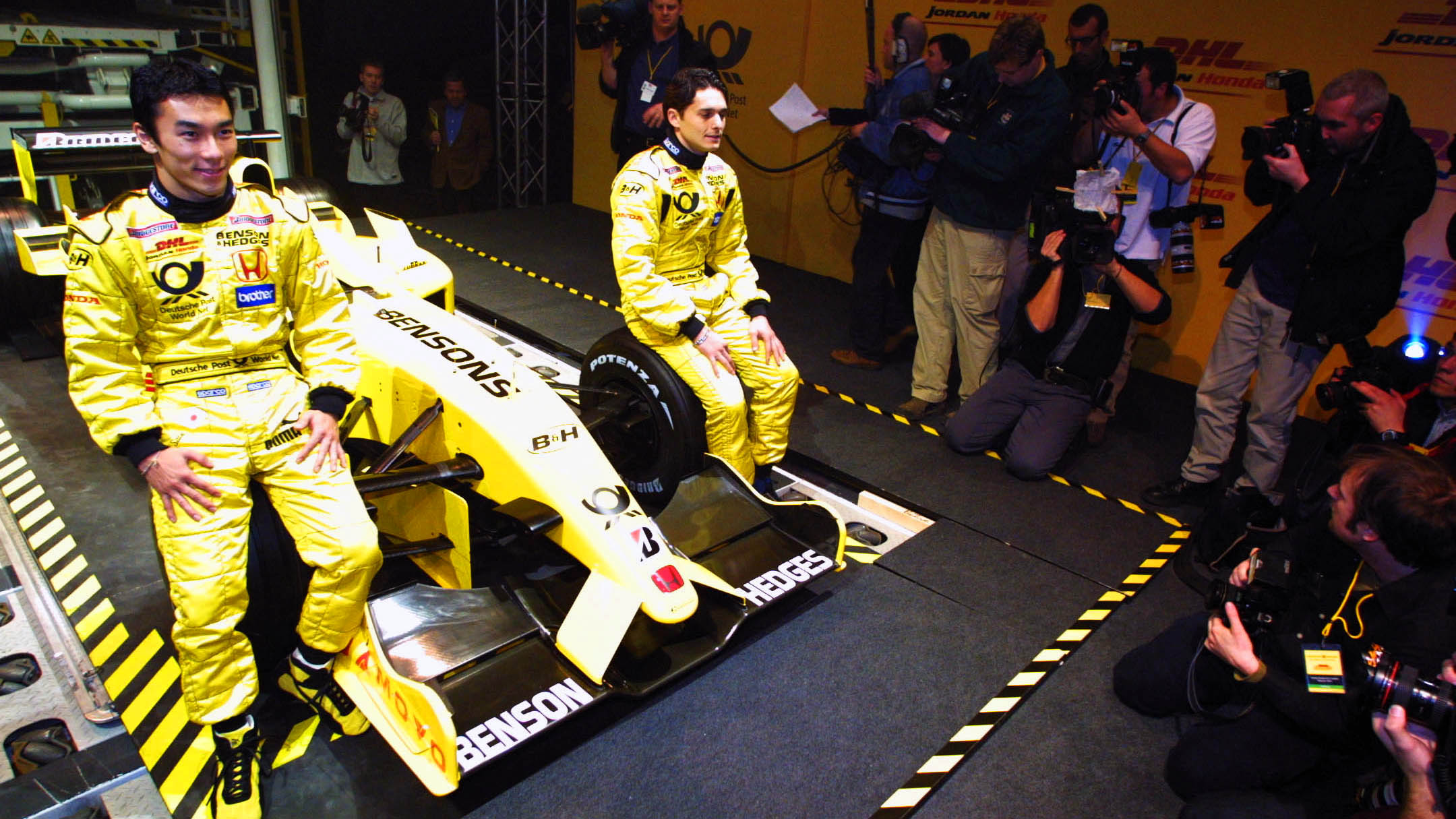 Best F1 Car Launches 2002 Jordan Ej12 Launch With A Dhl Plane In Brussels Formula 1