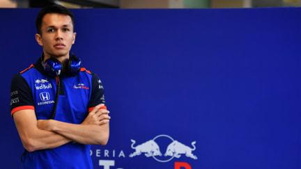 Alexander Albon Toro Rosso.jpg