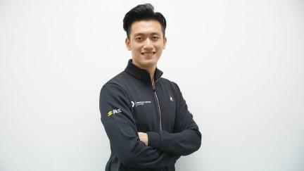 Guanyu Zhou Renault.jpg