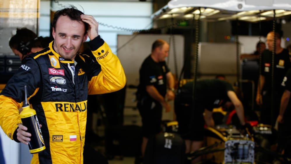Robert Kubica 2010 Abu Dhabi Grand Prix Renault.jpg