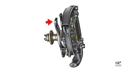 Ferrari SF70H - wishbone clutch arrangement