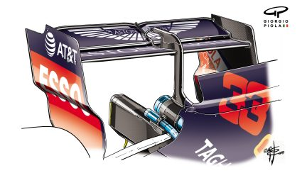 118-018 RED BULL  R  WING  SPA.jpg