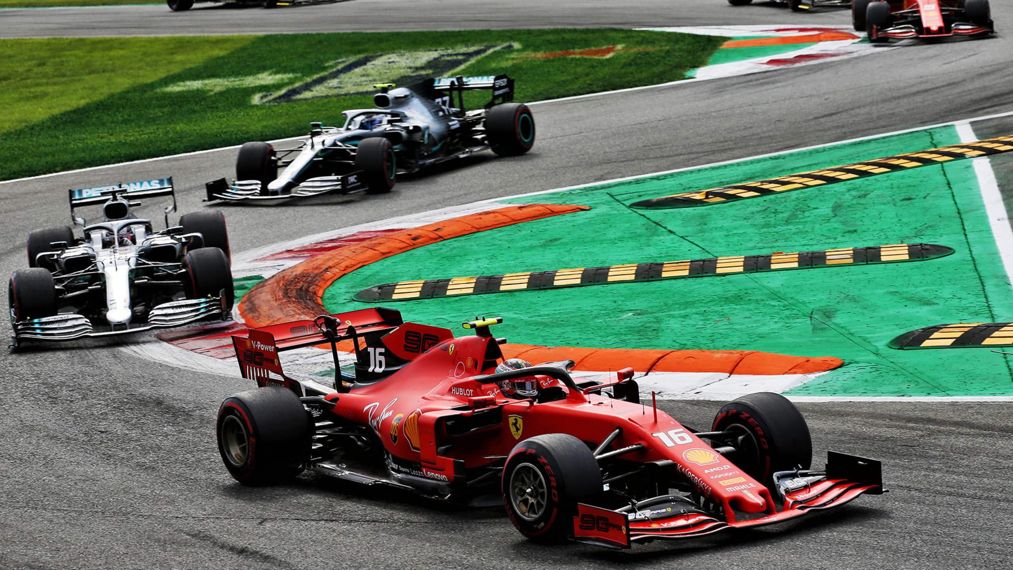 Charles Leclerc przed kierowcami Mercedesa, GP Włoch 2019