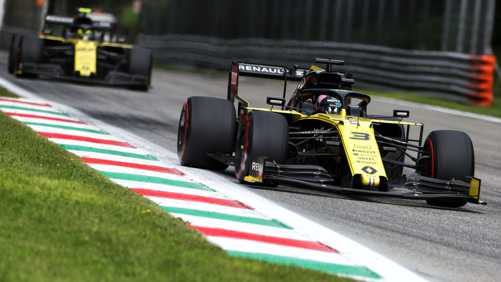 Ricciardo: Renault performance at power-hungry Monza 'a real