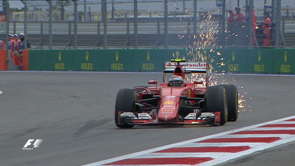 Dramatic end to the 2015 Russian Grand Prix