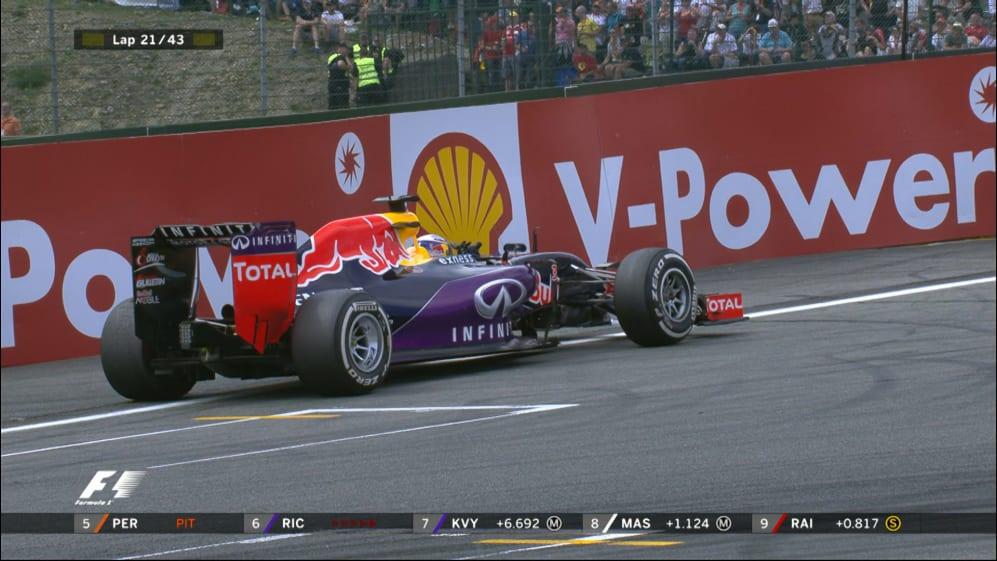 Race breaking news: Ricciardo retires in Belgium