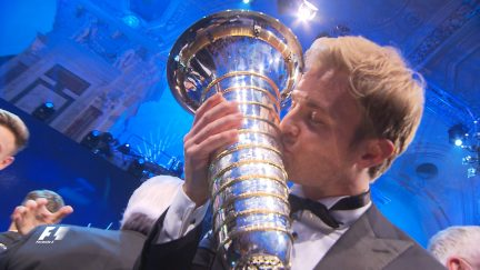 FIA Prize-Giving 2016: Top 3 drivers receive their trophies