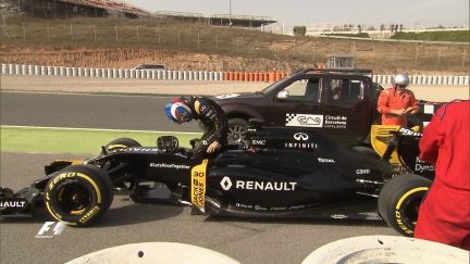 Palmer on a frustrating day for Renault
