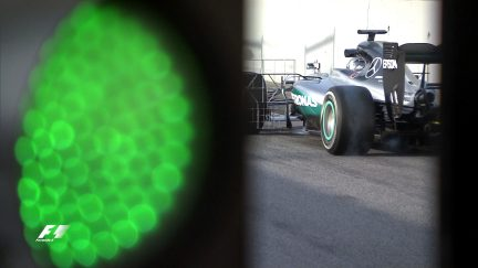 Testing - Mercedes continue to rack up the miles on day three