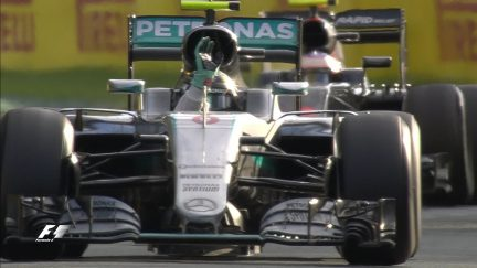 Race: Mercedes hold on under pressure for a 1-2 in Melbourne