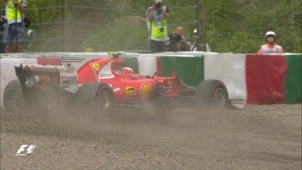 FP3: Raikkonen crashes out at Degner