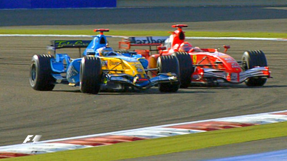 F1 Vault: Alonso and Schumacher fight to the finish in Sakhir