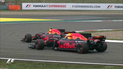 Race - Verstappen passes Ricciardo in China