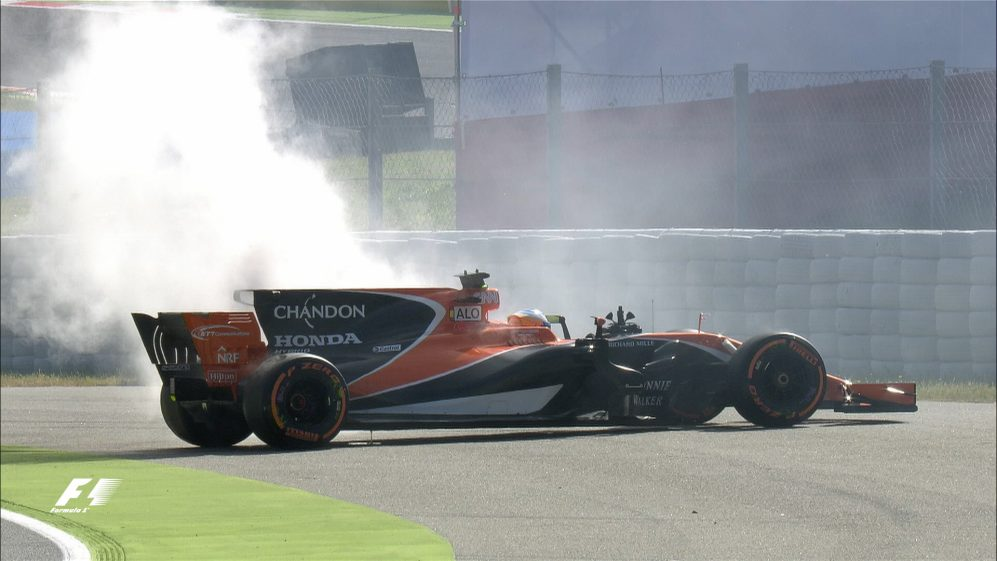 FP1 – Home favourite Alonso hits trouble immediately