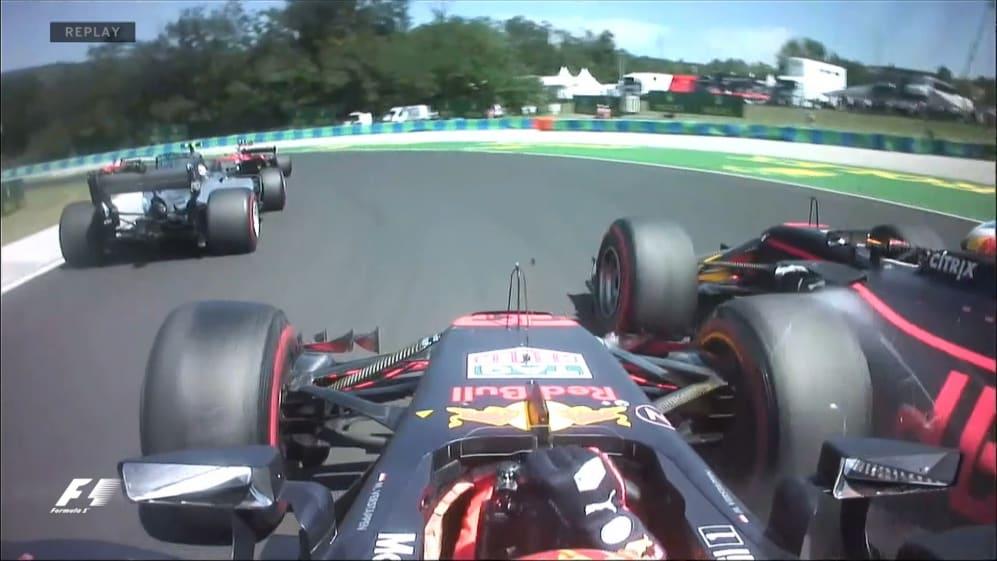 Race: Ricciardo retires after Verstappen clash