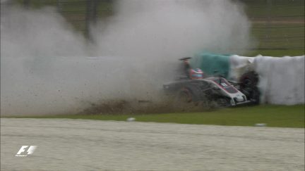FP2: Grosjean crashes out spectacularly