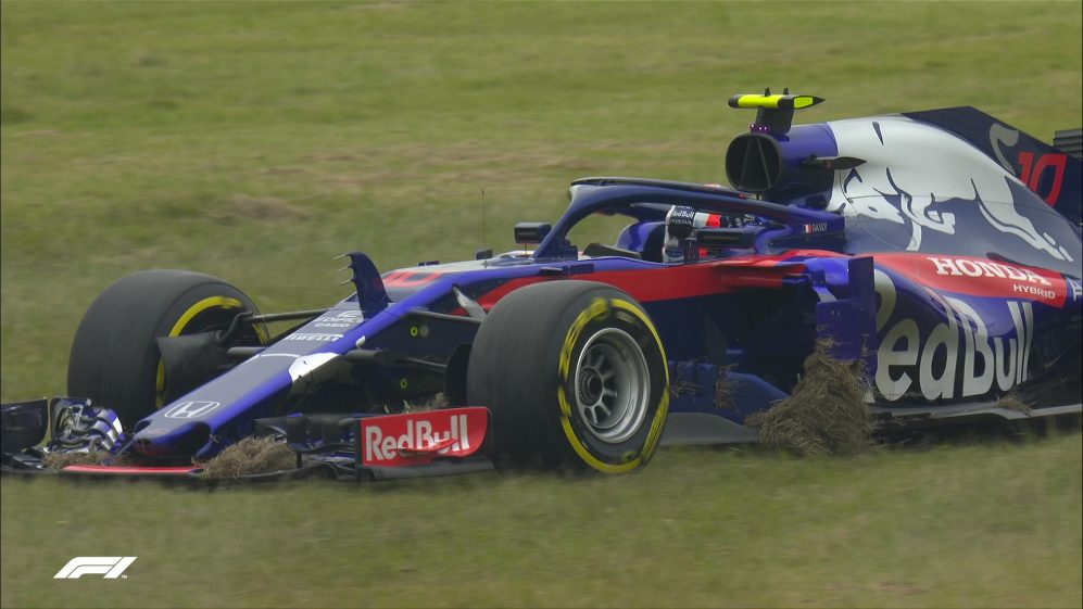 FP1: Gasly takes a trip across the grass at Turn 3