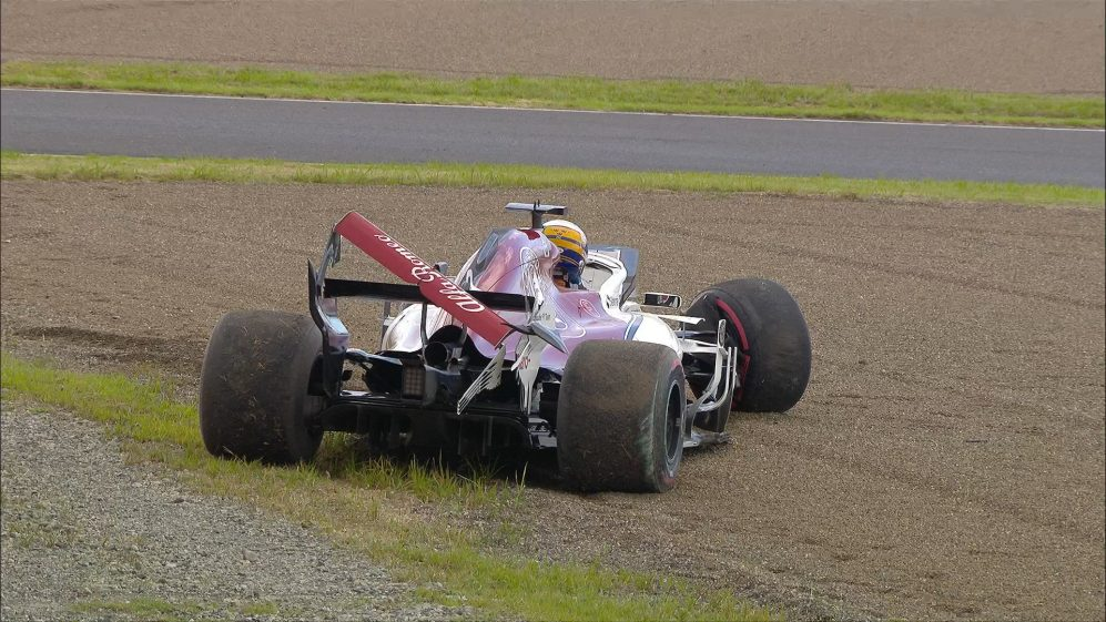 QUALIFYING: Ericsson runs wide and crashes out of Q1