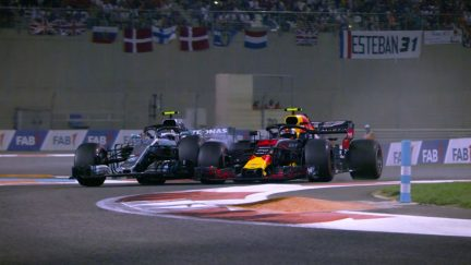 RACE: Bottas loses two places in two laps to Red Bulls