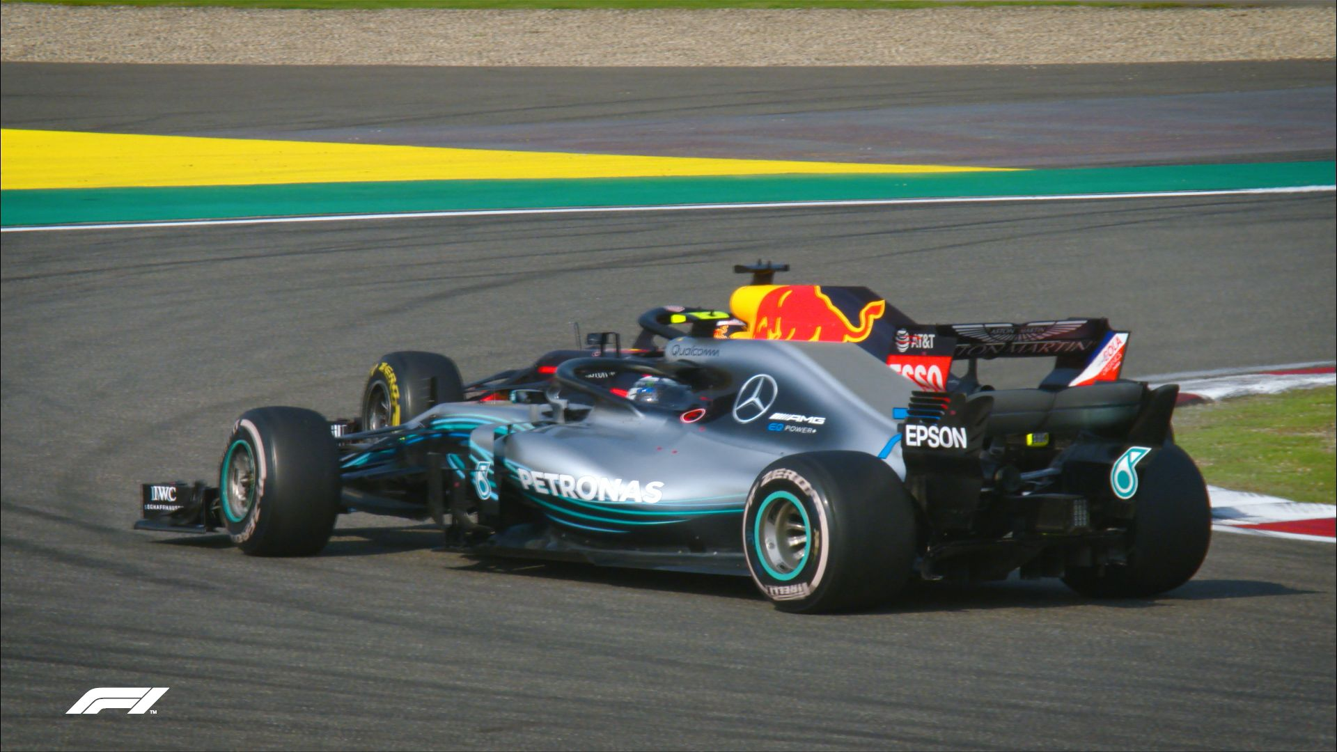 FIA Action of the Year - Ricciardo overtakes Bottas in China