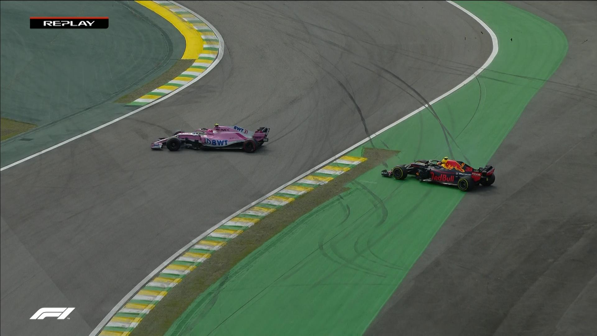 RACE: Verstappen loses lead after Ocon collision