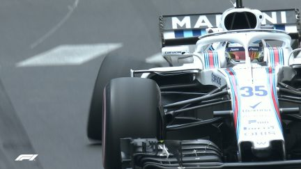 FP1: Sirotkin first to fall foul of Monaco barriers