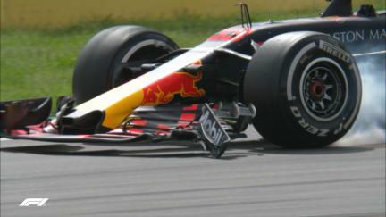 RACE: Verstappen runs into the rear of Stroll