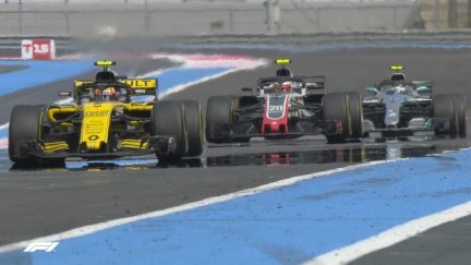 RACE: Power issues cost Sainz a pair of positions