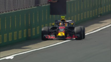 FP1: Verstappen parks up with technical issue
