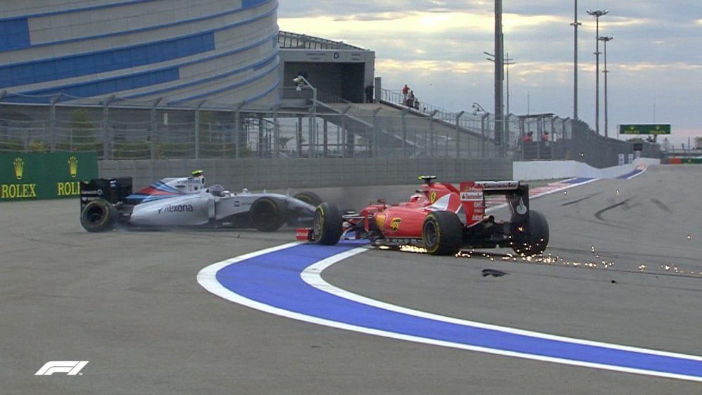 F1 VAULT: Raikkonen and Bottas fight to the finish at Russia 2015