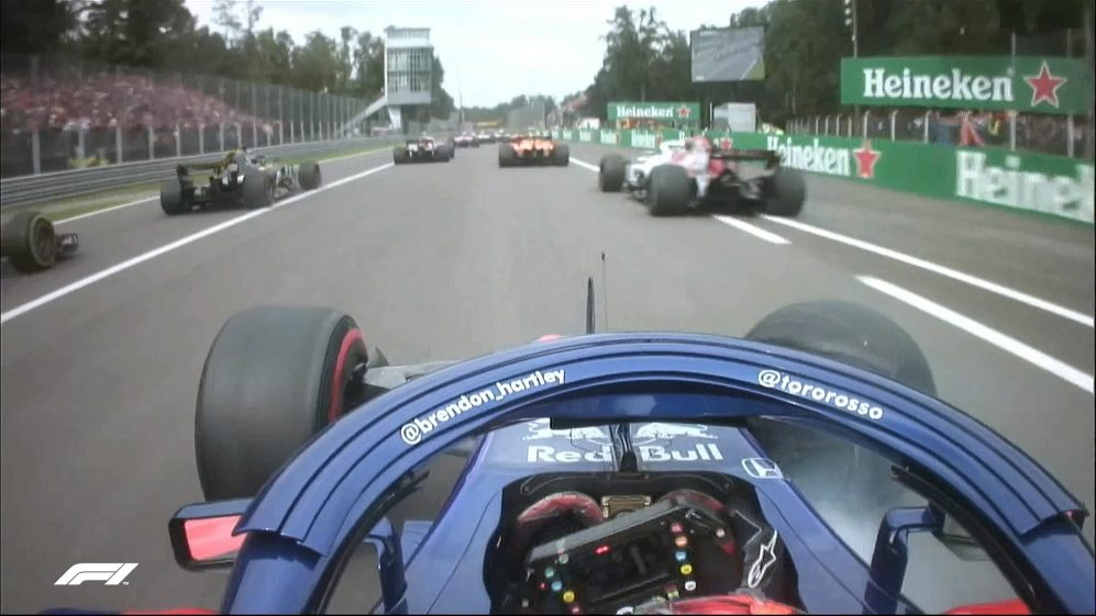 RACE: Ericsson clash puts Hartley out before Turn 1
