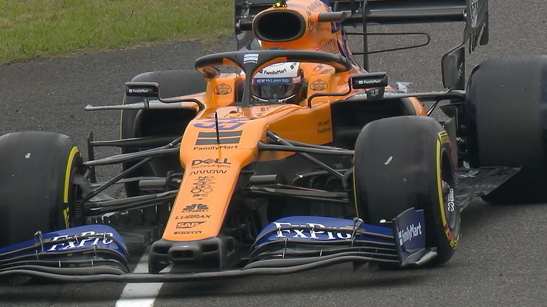 FP1: Sainz stops on track just after session start