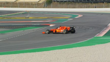 Testing Day 1: Vettel spins Ferrari in opening stages