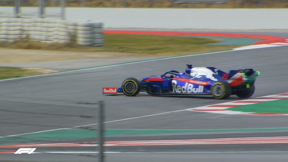 Testing Day 2: Albon continues after 360-degree spin
