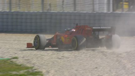 Testing Day 4: Leclerc finds the gravel at Turn 5