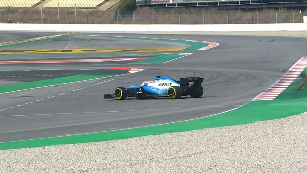 Testing Day 4: Kubica spins at chicane
