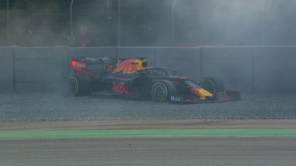 Testing Day 2: Gasly hits the barriers at Turn 13