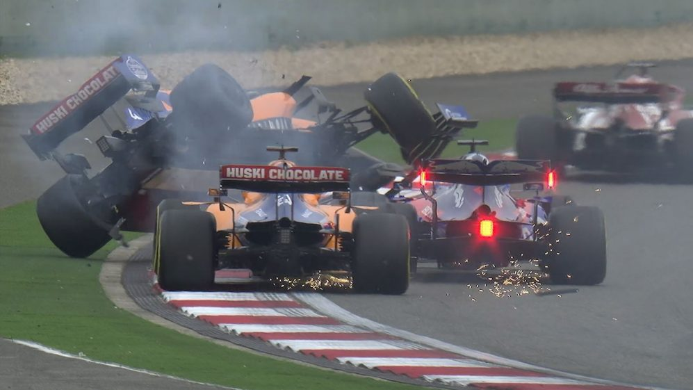 CHINESE GP: Kvyat tangles with McLarens on the opening lap