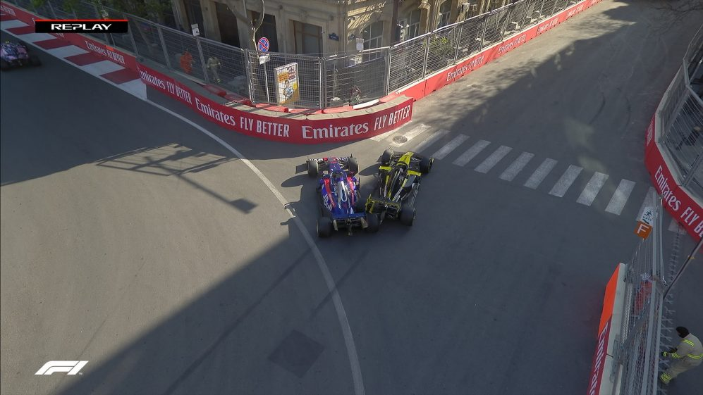 AZERBAIJAN GP: Ricciardo retires after reversing into Kvyat