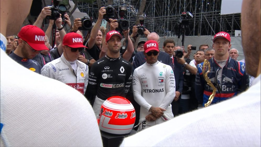 Drivers pay their respects to Niki Lauda on Monaco grid