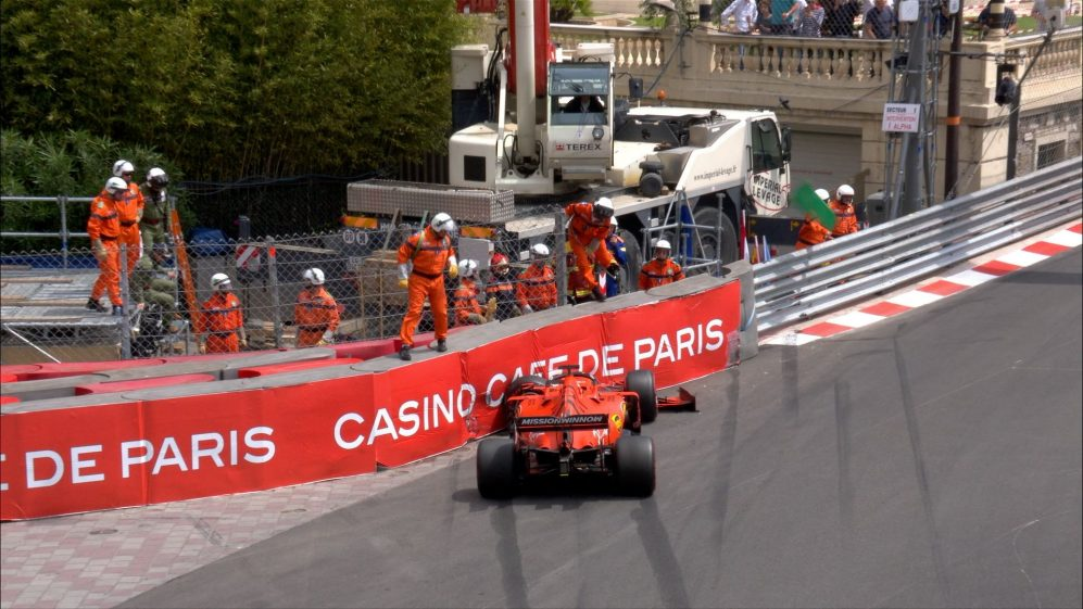 FP3: Vettel crashes out early at Sainte Devote