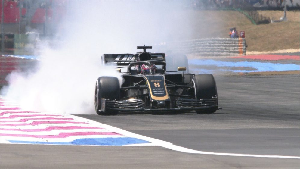 FP2: Spectacular, smoky lock-up does Grosjean's tyres no favours