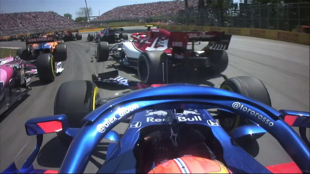 Canadian GP: Albon loses front wing after opening lap contact